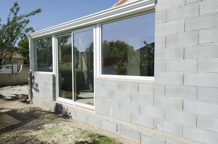 construction-veranda